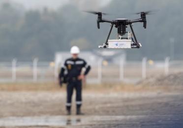 AUSEA, drone and technician